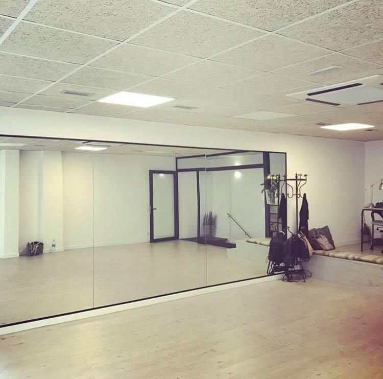 Alquiler sala de ensayo / estudio acondicionada para baile, danza, yoga, pilates